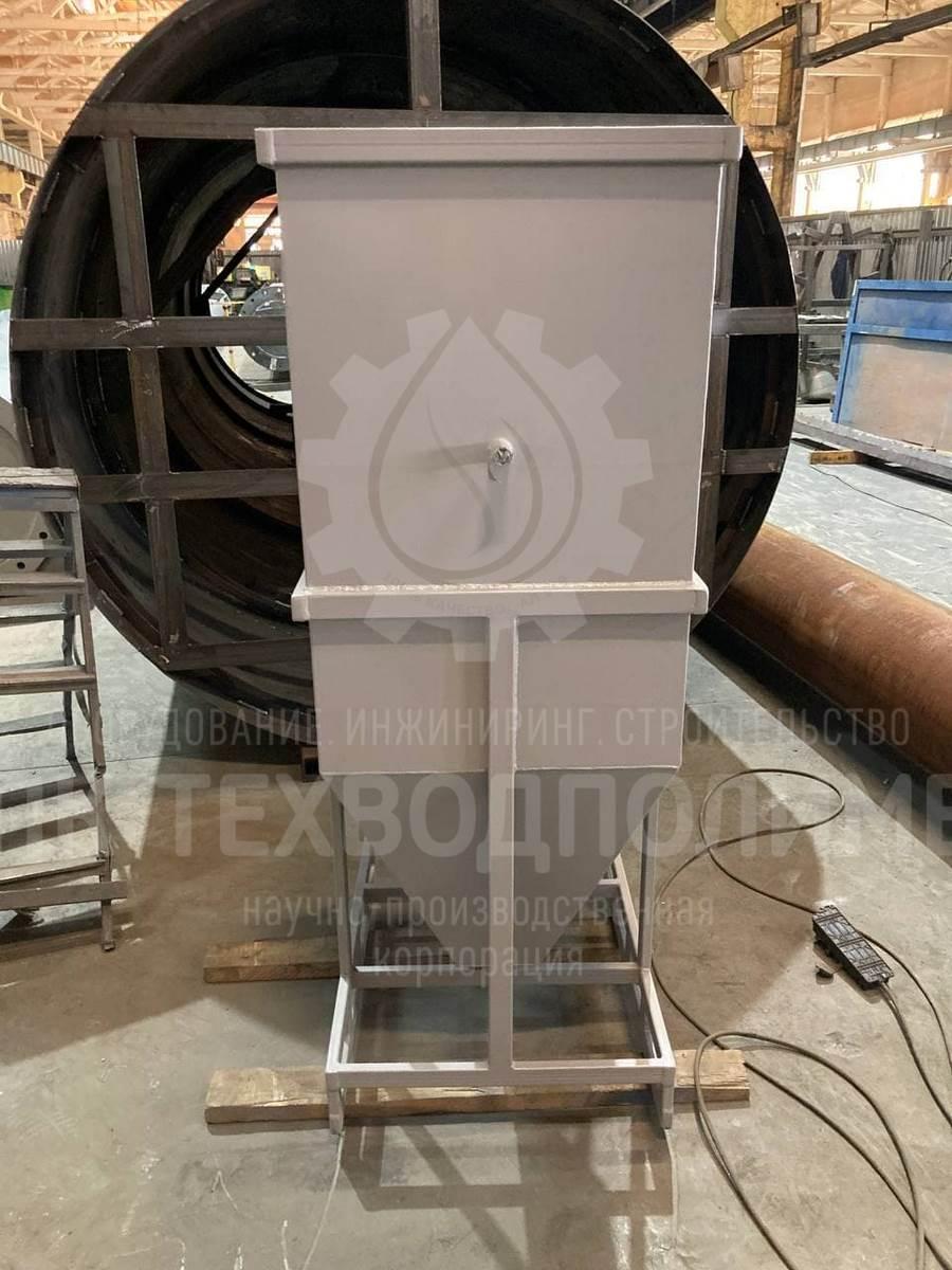 Отстойник лиман-отм-0,5 малой производительностьюдо 0,5 м3 в час Материал исполнения - конструкционная сталь с антикоррозийным покрытием. Предназначен для испытаний на сложном стоке непосредственно на объекте заказчика.